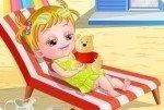 Bébé Hazel à la plage